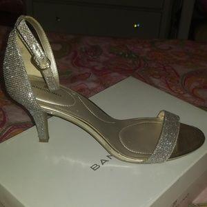Bandolino Shoes - Used, W10, Gold sparkle Bandolino Bdmadia heels
